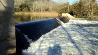 Imatge de la presa del Pasteral al riu Ter