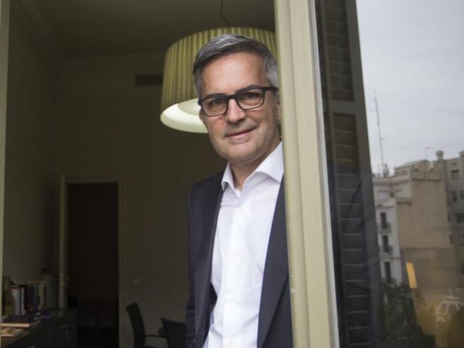 Víctor Font en el seu despatx de la companyia Delta Partners