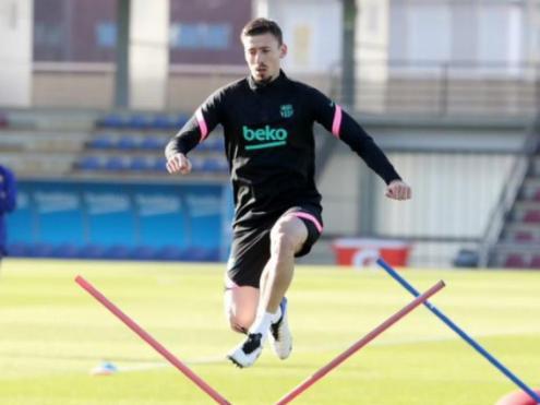Clément Lenglet, en l'entrenament que el Barça va fer ahir a la ciutat esportiva Joan Gamper abans de viatjar cap a Kíev