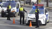 Control de la Guàrdia Urbana a Barcelona per garantir el confinament municipal de cap de setmana el novembre passat