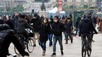 Gent al centre de Milà