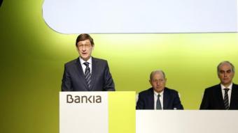 Imatge general de la intervenció del president de Bankia, José Ignacio Goirigolzarri, a la junta general d'accionistes