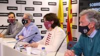 Membres del secretariat amb la presidenta Paluzie en la roda de premsa d'ahir