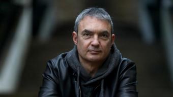L'escriptor i periodista Lluís Llort, fotografiat a Barcelona