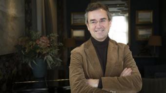 Eduard Torres en un dels salons de l'hotel Duquesa de Cardona, del qual és conseller delegat i fundador