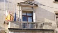 El balcó de l'Ajuntament de Figueres, sense la pancarta, aquest divendres