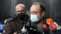 Benet Salellas i, darrere seu, Joan Jubany, ahir a la sortida dels jutjats de Sabadell