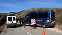Control al peu del cim del Montcaro, un dels accessos als Ports de Tortosa-Beseit