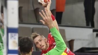 Aleix Gómez en el partit contra Tunísia