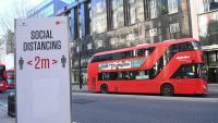 Un carrer de Londres buit a causa de les restriccions per la pandèmia