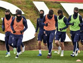 Els jugadors del Girona entrenant