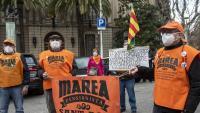Els concentrats ahir davant la seu de la delegació del govern espanyol a Barcelona