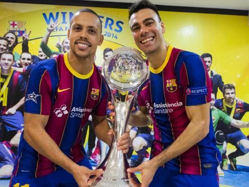 Ferrão i Sergio Lozano , amb el trofeu de la Champions conquerit al Palau Blaugrana, han estat escollits els dos millors jugadors del món del 2020