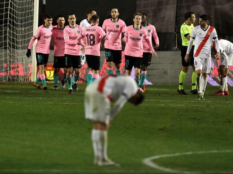 Els jugadors del Barça celebren el primer gol