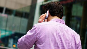 Brussel·les demana prorrogar el 'roaming' gratis fins al 2032 per poder seguir connectats en territori europeu