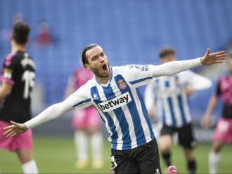 Raúl de Tomás celebra un gol aquesta temporada amb l'Espanyol