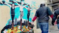 Una pintada al carrer del Carme de Barcelona que fa referència a l'hostaleria