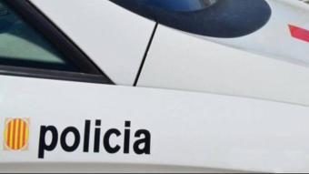 Els Mossos investiguen la mort d'un home trobat al voral d'una carretera a Cabanelles