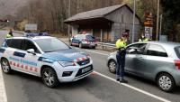 Un control policial a la frontera amb França