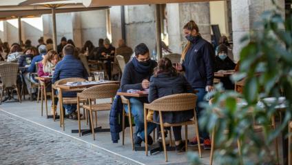 Una terrassa d'un restaurant a Girona