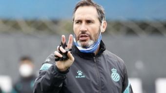 Vicente Moreno busca un triomf per iniciar amb bon peu el mes de març.