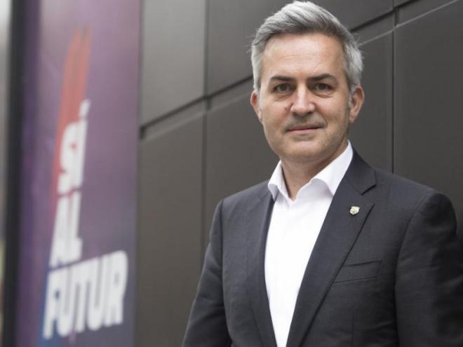 Víctor Font, a la seva seu electoral  del carrer Balmes