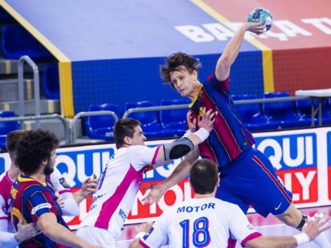 Una acció del partit entre el Barça i el Motos
