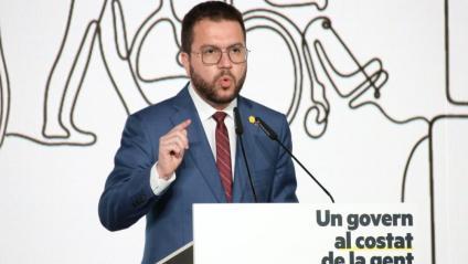 El candidat d'ERC a presidir la Generalitat, Pere Aragonès, durant la conferència d'aquest dijous a la tarda a l'Espai Serrahima de Barcelona