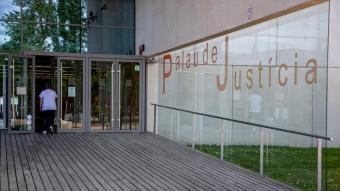L'entrada del Palau de la Justícia de Girona