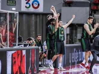 Felicitat verd-i-negre a Saragossa