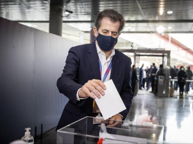 Toni Freixa, votant