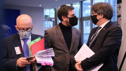 Boye, Comín i Puigdemont en una imatge del gener passat al Parlament Europeu