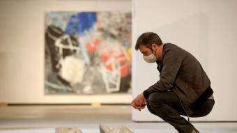 Una pintura de Xavier Grau i una escultura de Mònica Planes
