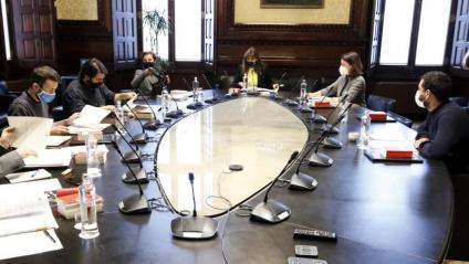 La mesa del Parlament, en la seva reunió ordinària aquesta setmana amb la cadira buida a la dreta de Jaume Alonso-Cuevillas
