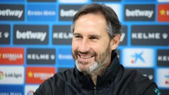 Vicente Moreno busca donar un cop d'efecte i deixar el Leganés, un rival directe, a 13 punts.