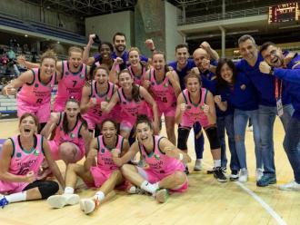 L'equip del Barça CBS després de guanyar l'Alcobendas