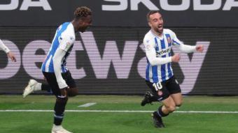 Darder celebra el gol que ha obert el marcador.