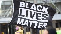Disturbis a Minneapolis per una nova mort d'un jove negre per trets de la policia