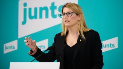La vicepresidenta i portaveu de Junts, Elsa Artadi, ahir després de l'executiva del partit
