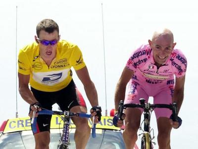 Armstrong i Pantani, al Tour del 2000.