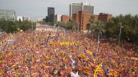 Acte central de la Diada del 2018 amb milers d'estelades i una bandera quebequesa