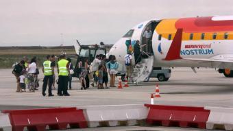 Un aparell d'Air Nostrum a l'aeroport de LLeida-Alguaire