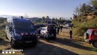 Una furgoneta de Mossos d'Esquadra a la festa il·legal en una masia del Berguedà
