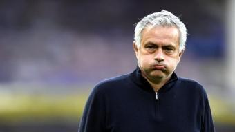 Mourinho durant un partit amb el Tottenham