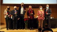 D'esquerra a dreta: Isona Passola, Joan Guillén, Joan Subirats, Àngels Ponsa, Maria Carme Ferrer i Patrici Tixis, ahir, a l'Ateneu Barcelonès