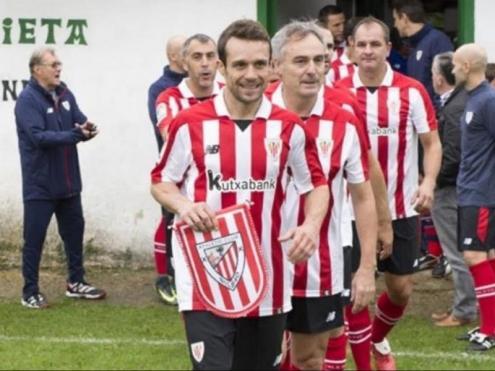 Koikili durant un partit amb els veterans de l'Athletic