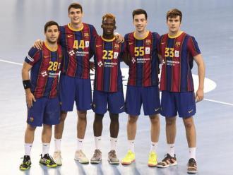 La joventut al poder. D'esquerra a dreta, Àlex Pascual, Juan Palomino, Mamadou Diocou, David Roca i Artur Parera, fotografiats ahir després del partit contra el Cisne