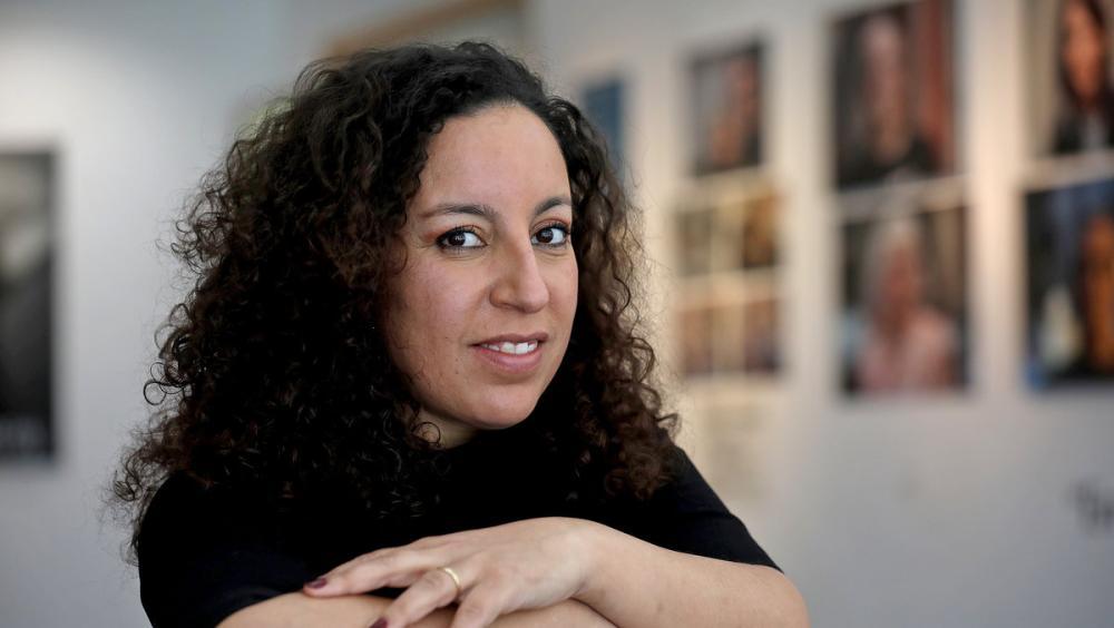 L'escriptora Najat el Hachmi, que ha iniciat el relat completat pels nostres lectors.