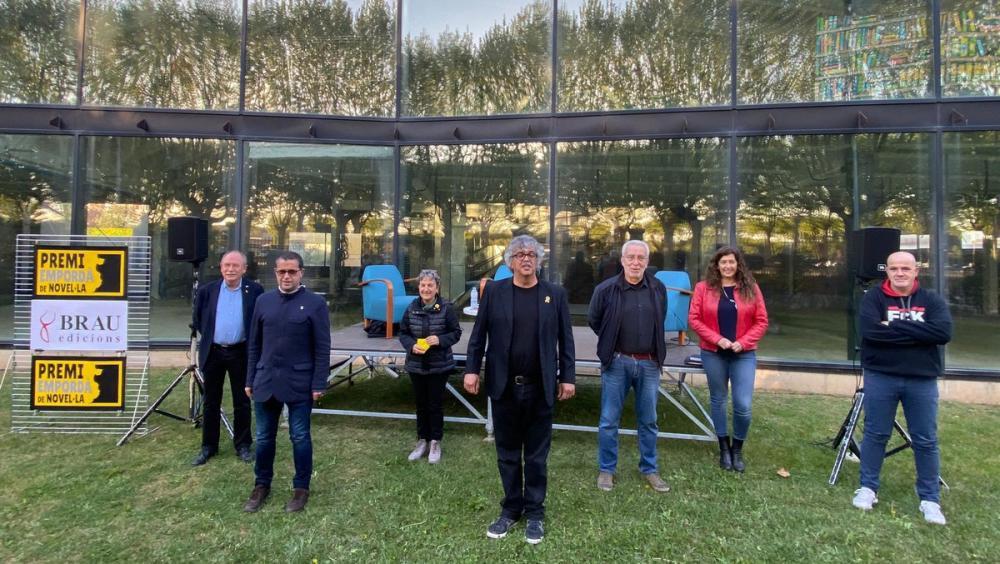 Gascon, ahir, al centre de l'acte de proclamació del IV premi Empordà de novel·la, a la Bisbal