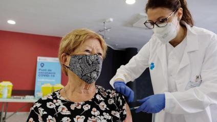 Primeres vacunacions amb Janssen, ahir a Barcelona